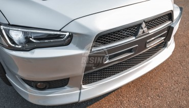 Front lip for Mitsubishi Lancer X 2007 - 2012 3pcs (central insert V2 + fangs)