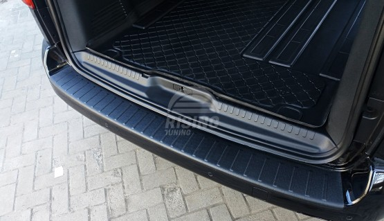 Rear bumper lip trim for Peugeot Traveller, Toyota Proace, Citroen Spacetourer 2016