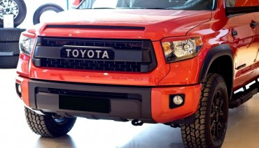 Eyelids eyebrows for Toyota Tundra 2013-2017 Headlights Covers eyelash