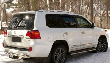 Ducktail spoiler for Toyota Land Cruiser 200