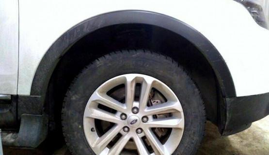 Leveling lift kit for Ford Explorer 2010-2018 1,6' 40mm strut spacers